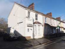 An opportunity to acquire an ideal family home, or investment opportunity currently achieving £1,120 Per Month as a HMO.